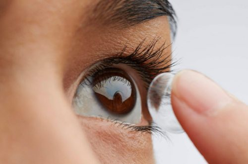 contact lenses can cause corneal abrasion